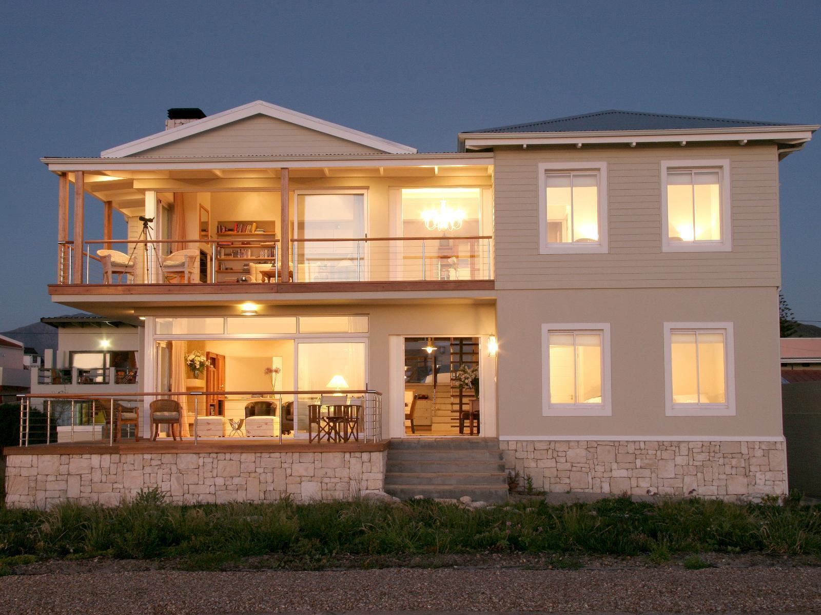 138 Marine Beachfront Guest House