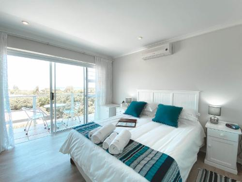 Double Room with sea & mountain views
