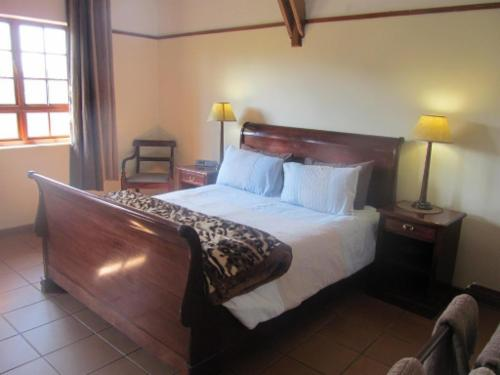 Double room with bath & mountain view