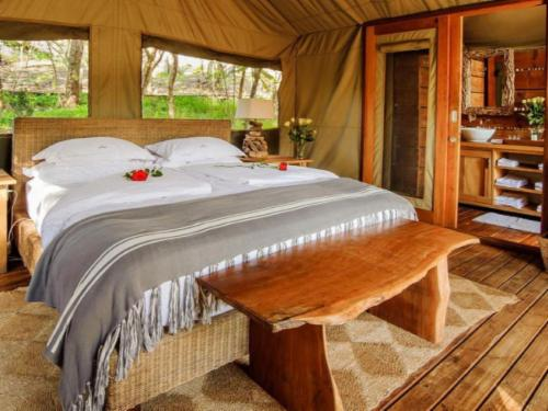 Stream Tented Suites (King)