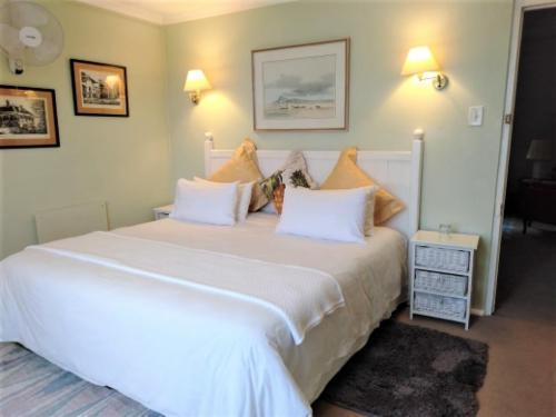 King/Twin Room & kitchenette,Upper floor