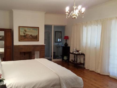 Honeymoon Room/Luxury King
