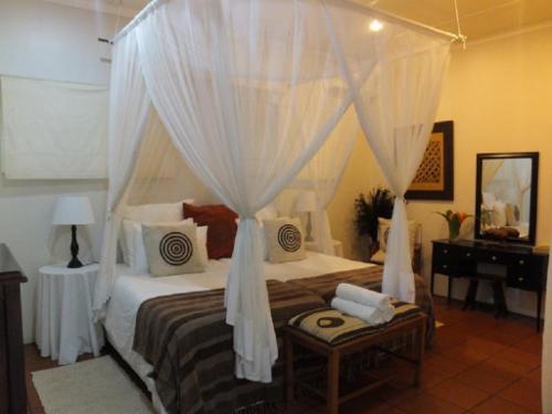 Room 2 Luxury Twin