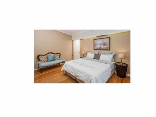 King/Twin Room N3/N4 - Pickering