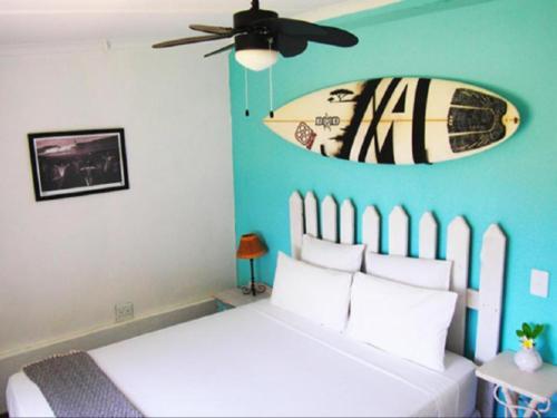 Beach View - Queen Bed