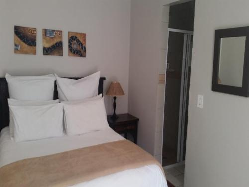 Lodge 6 Room