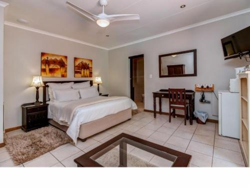 Lodge 3 Room