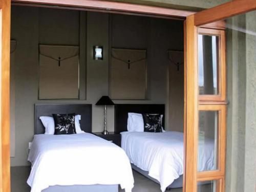 3 Bedroom Chalet (king/twin)