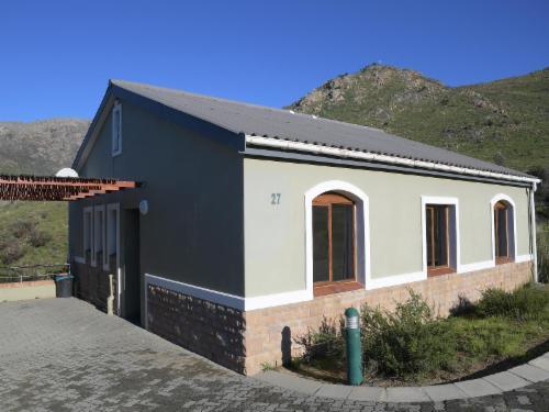 6 Sleeper Villa Slanghoek B