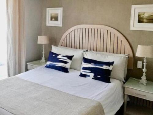 1 Bedroom Apartment Seafacing