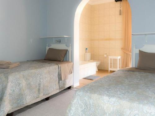 Quarter Bedroom